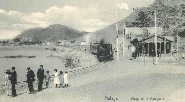 Suburbanos de Málaga, tren en la Playa de la Malagueta, postal comercial