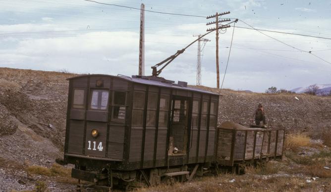 Tractora Tecsa nº 114 , en la gravera de Churriana, 02.04.1971, foto Juan Antonio Tartajo