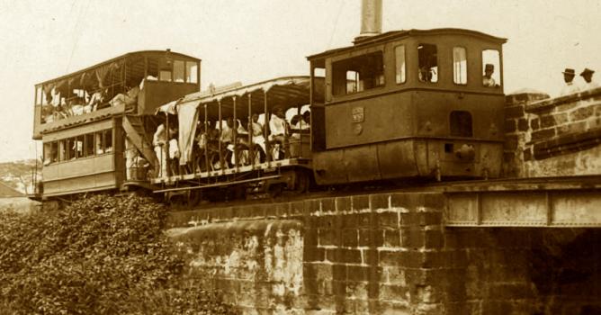 Tranvia a vapor de Manila a Malabon. c.1888. archivo de dominiopublico