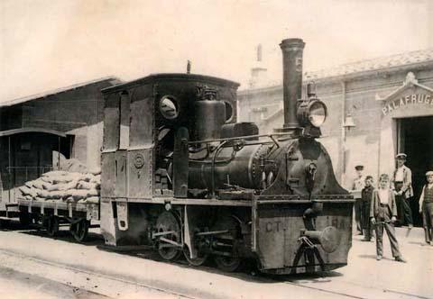 Tranvia del Bajo Amprudan, estacion de Palafruguell, c.1930, fondo Ayuntamiento de Gerona -CRDI