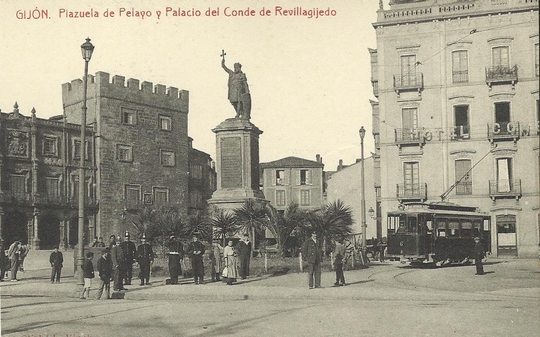 Tranvias de Gijón , Plaza de pelasyo, postal comercial , fondo Juan Peris