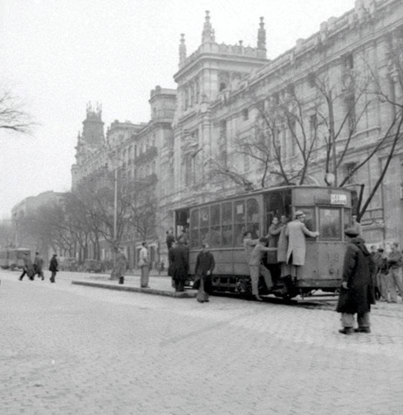 Tranvias de Madris, calle Alcalá año 1950, fondo Carlos Pimentel
