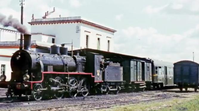 Tren de Marchena a Córdoba, en la estación de ecija el 03.04