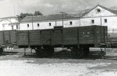 Vagon Manso de bordes medios del VAY con topes compatibles, foto Jordi Casaponsa , Archivo Angel López Sanz