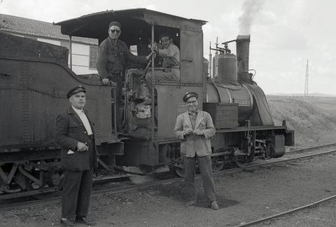 Valdepeñas a Puertollano, locomotora nº 3 BELGICA , foto Trevor Rowe, archivo MVF