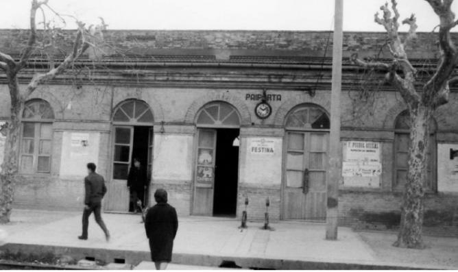 Valencia á Villanueva de Castellón, estación de Paiporta , año 1963, colección Noé Gutierrez, Archivo FGV