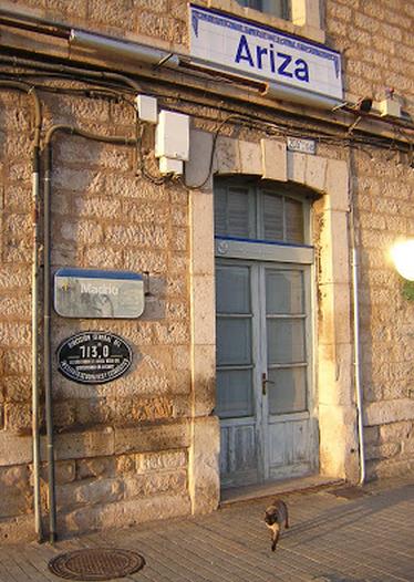 Valladolid a Ariza, parte de la fachada de la estación de Ariza