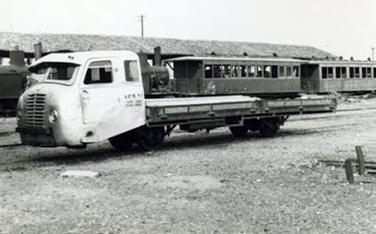 vehiculo-de-transporte-sobrew-vias-foto-ordi-casaponsa-fondo-angel-lopez-sanz-archivo-mvf