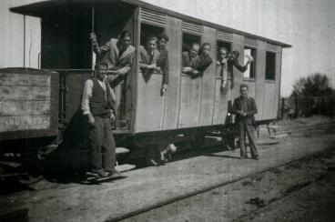 Viajeros en el ferrocarril de Cortes a Borja , año 1915, fotografo desconocido