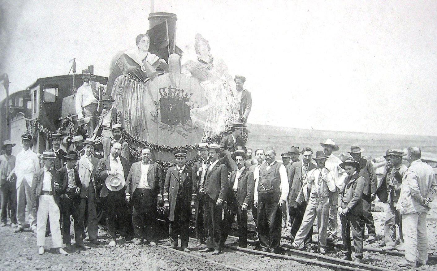 Inauguracion de la linea Caminreal a Zaragoza, fotografo desconocido, Fondo Santiago Parra