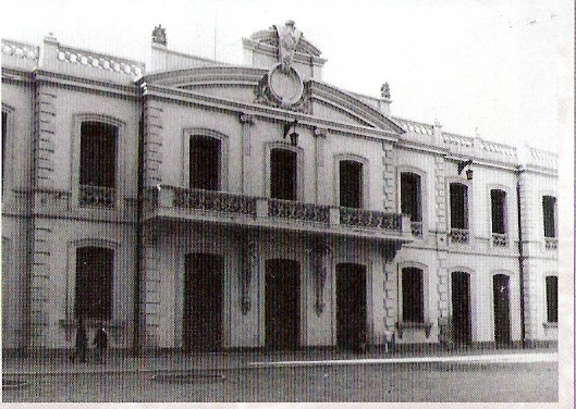 Fachada de la estacion de Zaragoza, Foto J. Albero García