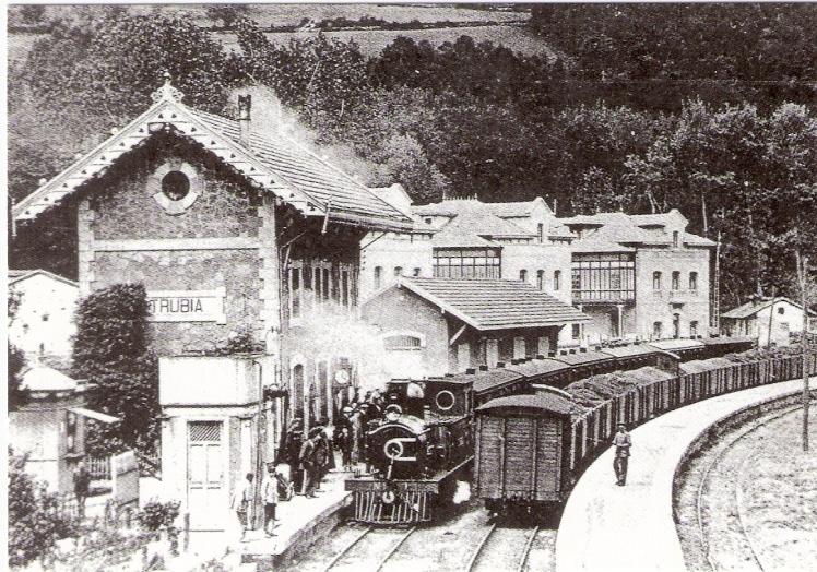 Estacion de Trubia , en 1910, fondo: Jordi Marqués