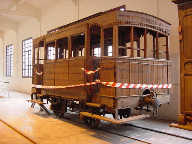 coche restaurado de Galdames a Sestao