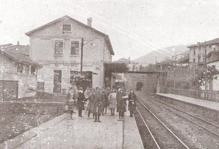 Vascongados, año 1912, estacion de Eibar