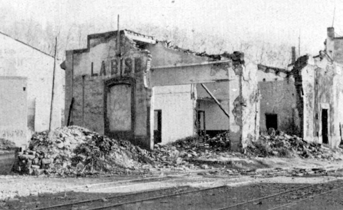 Estacion de la Bisbal, destruida en la guerra civil de 1936/39