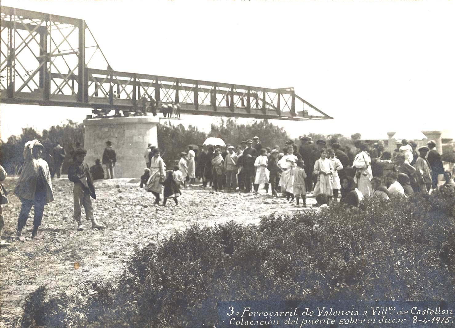 Lanzamiento del puente sobre el Jucar en el tramo entre