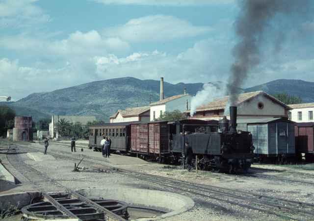 Estacion de Muro de Alcoy , Año 1968,