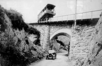 Funicular de La Reineta, fondo Monsacro