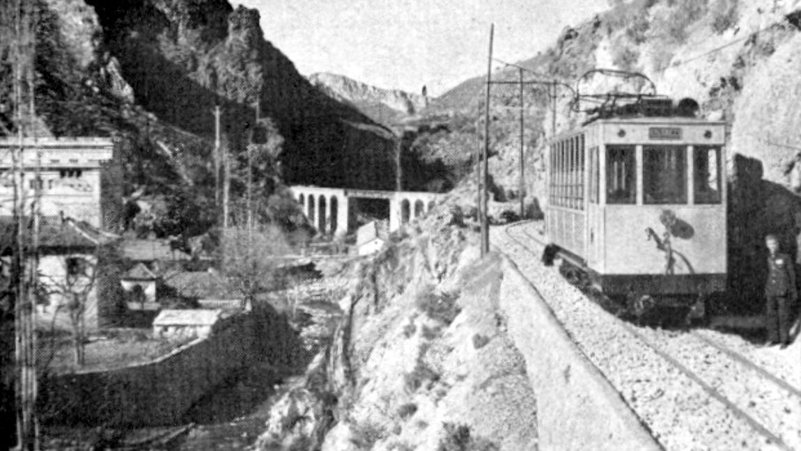 Puente y central Hidroelectrica del Genil