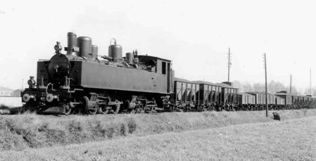Locomotora 210 en Miraflores
