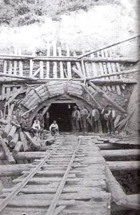 Via de servicio para los trabajos de la boveda del túnel de Viella