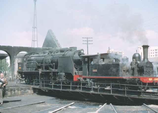 Murcia, placa giratoria - locomotora 030-0223, junio 1966, foto:J.J.Jarvis