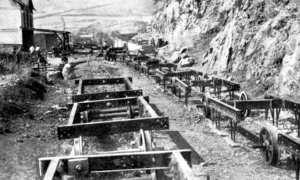 Reconstruccion y reparacion de vagones de mineral, memoria de Alejandro Mendizabal, años 1936/1941, fondo Javier Suso San Miguel