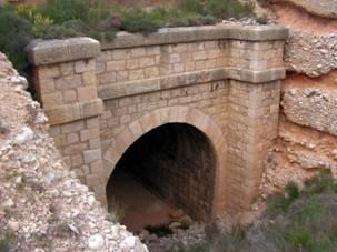 Lécera. boca del túnel de la Cuesta Blanca, foto : Juan Manero
