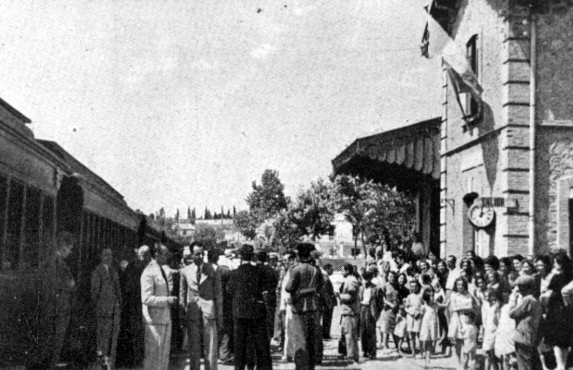 Visita de autoridades a la estación de Torremolinos, informe de 1942 a EFE del ingeniero Alejandro Mendizabal Peña