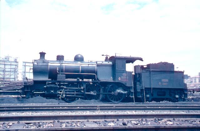 Locomotora 130-2086 en alicante-Benalua Septiembre 1961 foto: Charle