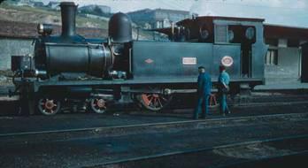 Locomotora 220T,
