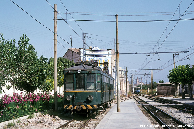 nº 14 en Meliana, linea de Rafelbuñol, foto :