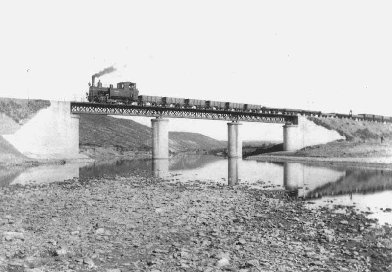 Viaducto de la Pizana, fondoi : Antonio Perejil Delay