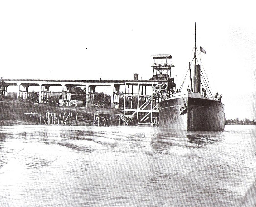 Embarcadero de Minas de Cala en el Guadalquivir, foto de autpor desconocido