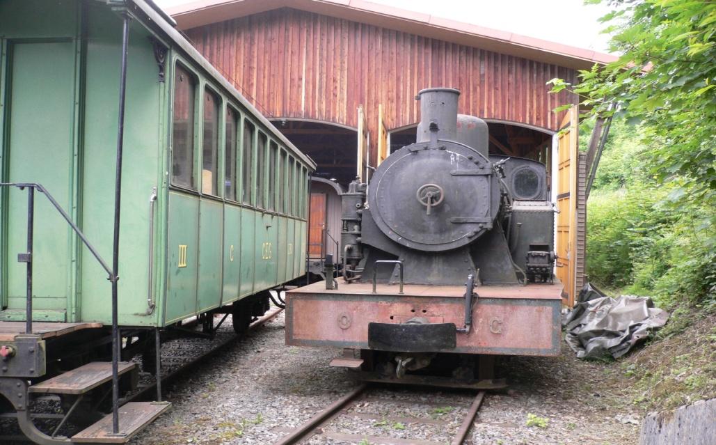 Locomotora MTM nº 23, en las cocheras del Ferrocarril turistico suizo de