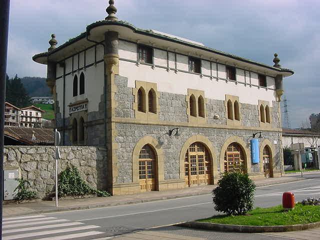 Estacion de Azpeitia, actual ubicacion del Museo Vasco del Ferrocarril,