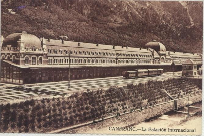 Canfranc, estacion internacional, postal comercial, fodo: Juan Manero