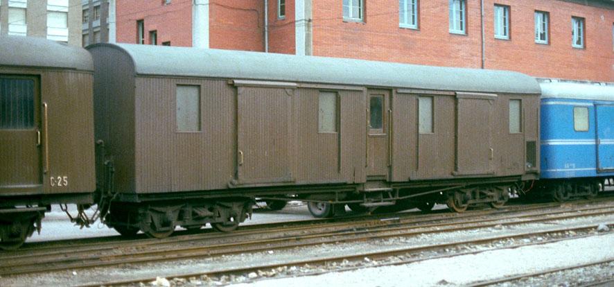 Ferrocarriles Económicos de Asturias –furgón equipajes Foto: Werner Hardmeier,Ruemlang,Suiza ©