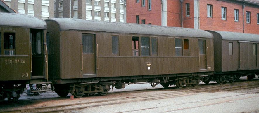 Ferrocarriles Económicos de Asturias –furgón mixto correos C-25 Foto: Werner Hardmeier,Ruemlang,Suiza ©