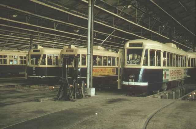 Cocheras de Chamartin, con coches de la serie PC 1000