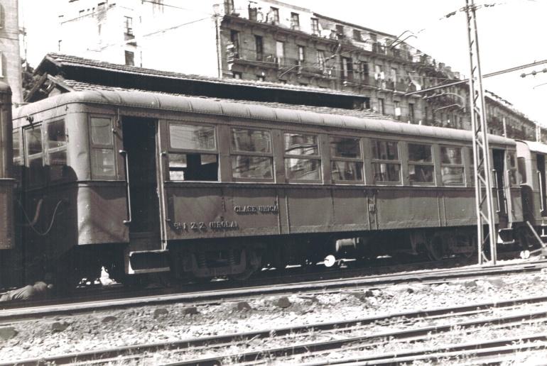 Coches del Urola en Amara, 24 septiembre 1965,