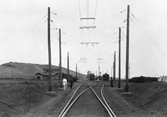 Electrificacion del tramo Gergal-Santa Fe, fondo: Familia Paniagua
