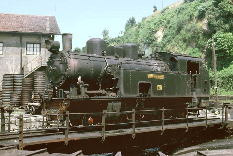 "Locomotora n1 19 ""Pedro Ortiz de Arana"""