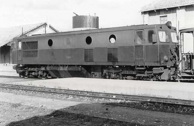 Locomotora Creusot, foto : Autor desconocido, fondoi : Carlos Olmo