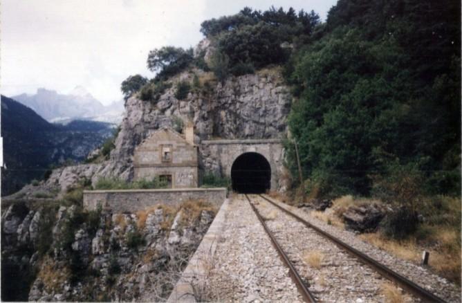 Tunel de Villanua, foto : Juan Manero