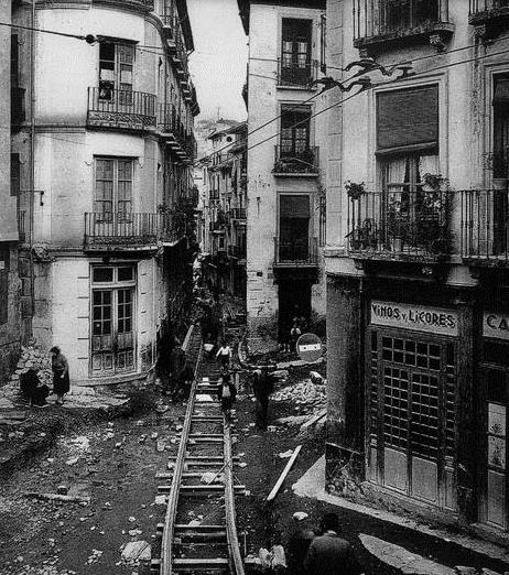 obras del tranvia enlas calles Colcha y Pavaneras, foto, Ideal